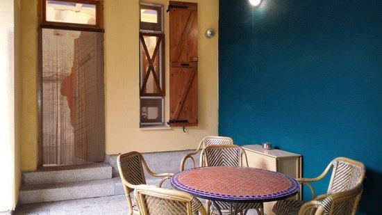 Casas Cuevas Bardeneras: Porche