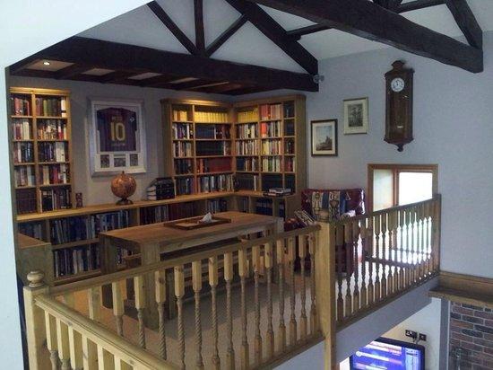 Hill Top Farm, Askrigg: Library
