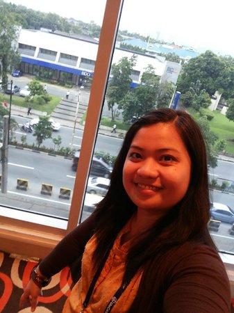 Crowne Plaza Manila Galleria : Hallway