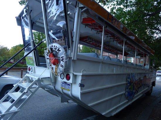 Ride The Ducks of Philadelphia: The vehicle