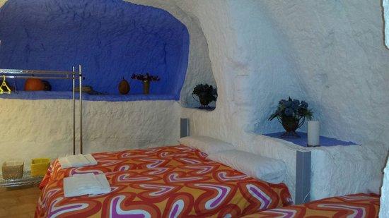 Casas Cuevas Bardeneras : Habitación