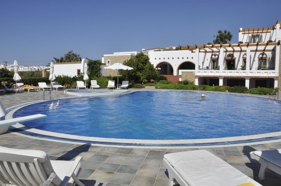 Porto Naxos Hotel : GREAT POOL
