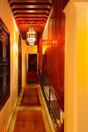 Riad Argan: First floor corridor