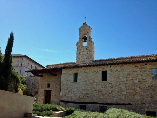 Nun Assisi Relais & Spa Museum: Clocher de l'hotel