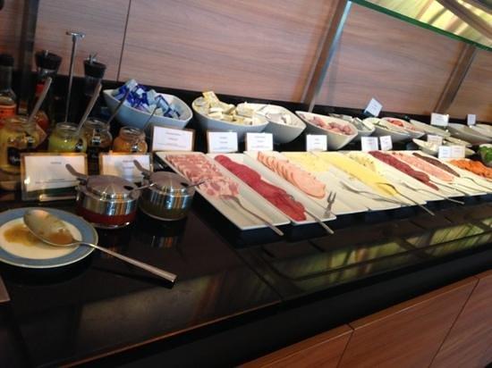 SI-Suites: Frühstücksbuffet 2