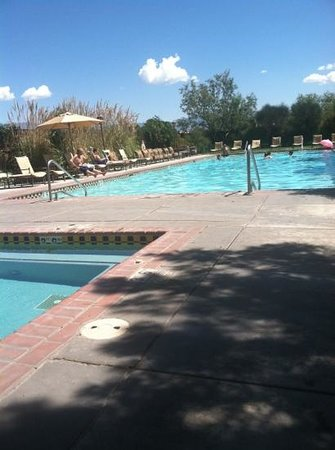 Hotel Albuquerque at Old Town: large pool and hot tub w comfy loungers