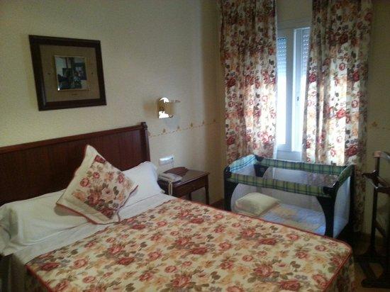Hotel Selu : Camera Camera matrimoniale