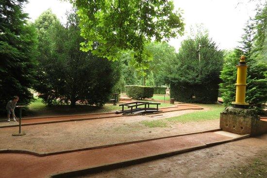 Parque Pepiniere: Mini golf in the parc