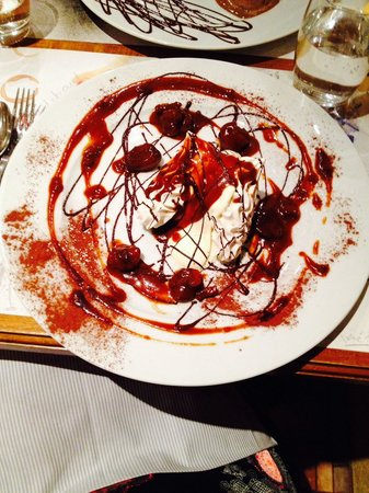 Le Dix Vins: Meringue glace marron et crème