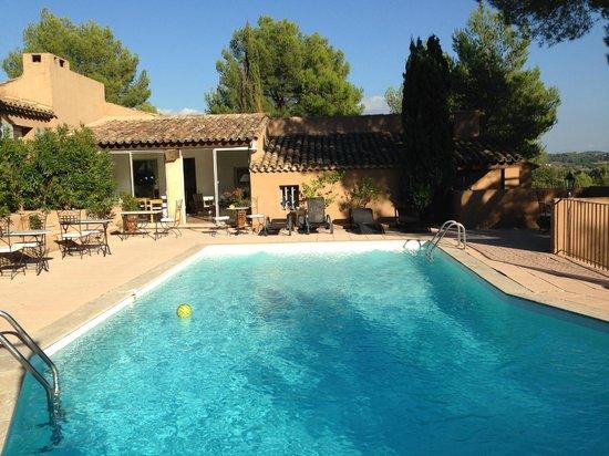 Hôtel la Clé des Champs : Pool