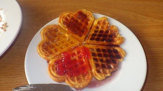 Lambastadir Guesthouse: Homemade waffles and jams..delish!