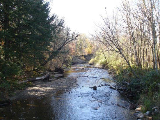 Robert Frost Wayside Trail: the river