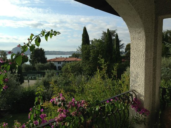 B&B La Scovola: View toward Lake Garda from the Balcony