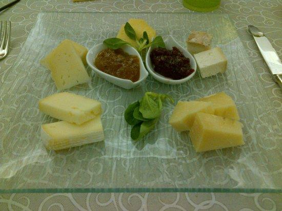 Osteria del Melograno : Piatto formaggi