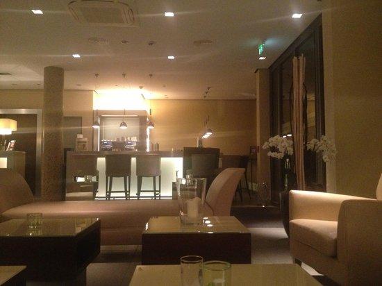 Hotel Santo: Bar area
