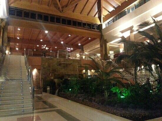 Hotel Elba Sara : lobby near restaurant