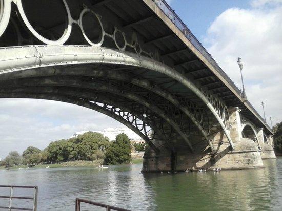 Puente de Isabel II (Puente de Triana): Puente de Triana