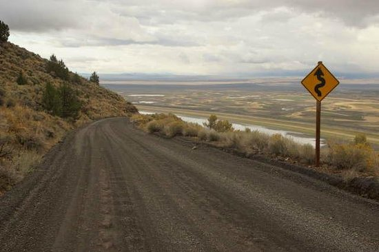 Hart Mountain National Antelope Refuge: Halfway up from the valley and Plush.  Awesome views, easy road.