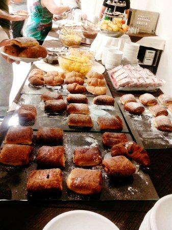 All Ways Garden Hotel & Leisure: buffet colazione