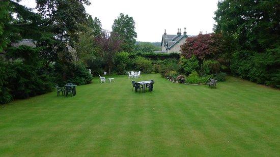 Lubnaig House: le jardin par temps gris