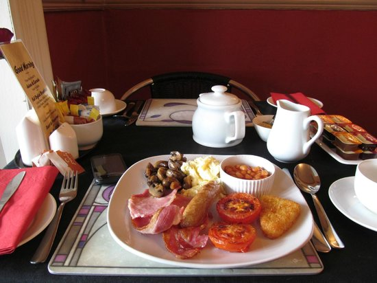 The Manhattan: The sumptuous breakfast!