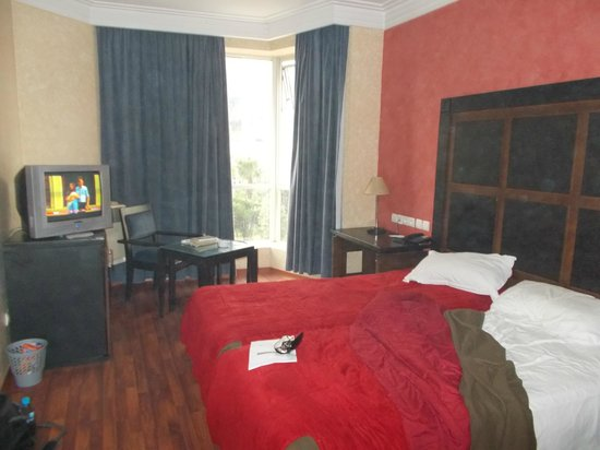 Business Hotel: Room