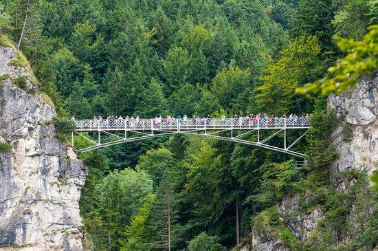Marienbrücke: Queen Mary's Bridge