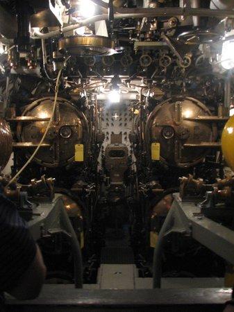 Wisconsin Maritime Museum: inside of USS Cobia
