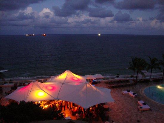 The Ritz-Carlton, Fort Lauderdale: Pool deck