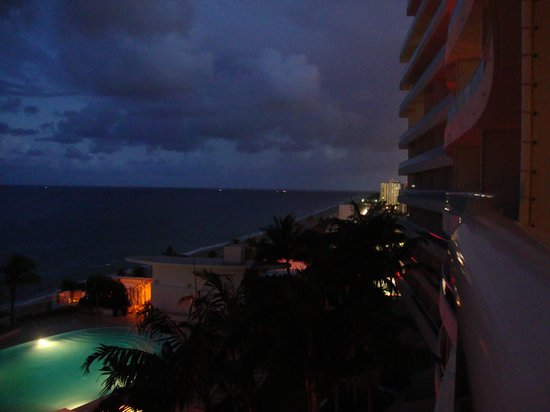 The Ritz-Carlton, Fort Lauderdale: Looking south from the 11th floor