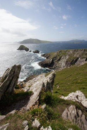 Larkinley Lodge: Picture from the nearby Dingle Peninsula