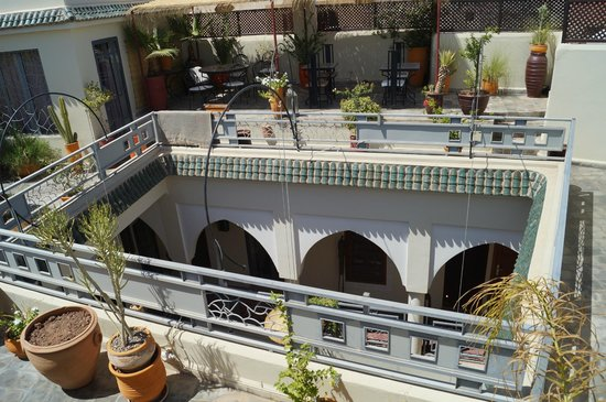 RIAD JARDIN DES REVES : Sur le Starh/terrasse