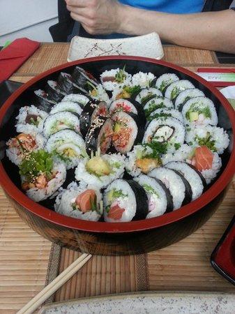 Koji Sushi: Sushi Meal