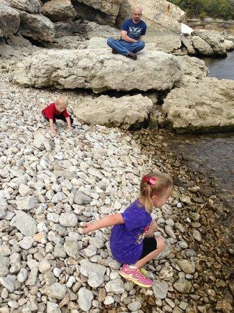 Eisenhower State Park: rocky beach ~10 min hike down steep hill (wear long pants)