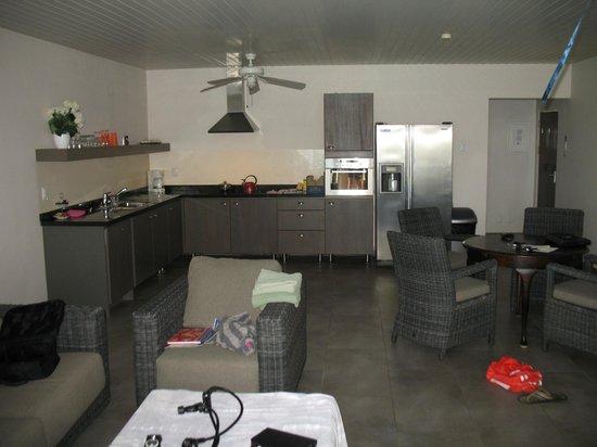 Belmar Oceanfront  Apartments: Kitchen