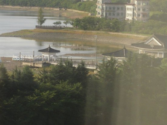 Hilton Gyeongju: view of lake from my room