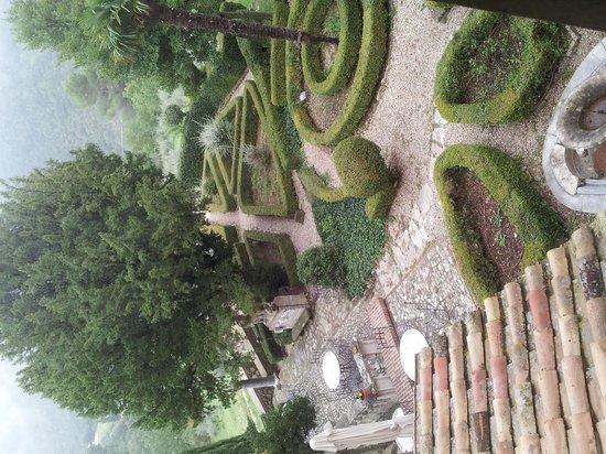 Villa Milani - Residenza d'epoca : veduta dalla nostra stanza