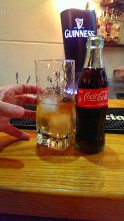 Bar Latino : Rum & cola, Fuengirola style!