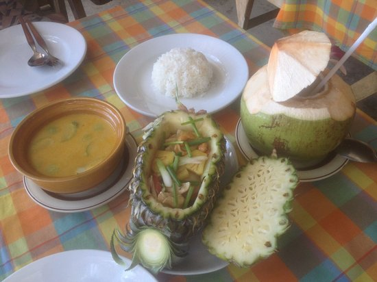 Ruean Siam Restaurant: What more could you ask for?