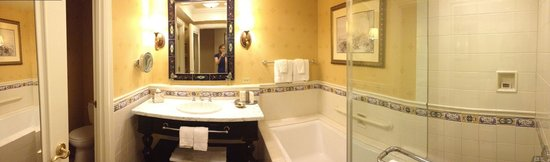 Green Valley Ranch Resort and Spa: Bathroom