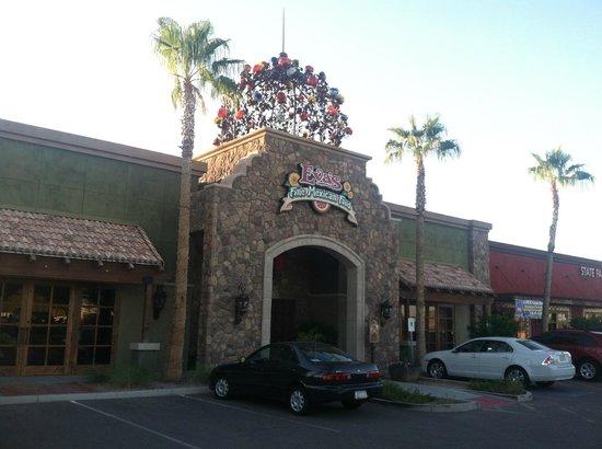 Eva's Norte Fine Mexican Food: Front of restaurant