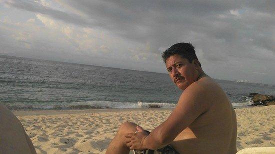 Park Royal Puerto Vallarta: playa con arena dorada