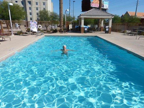 Candlewood Suites Las Vegas: Pool