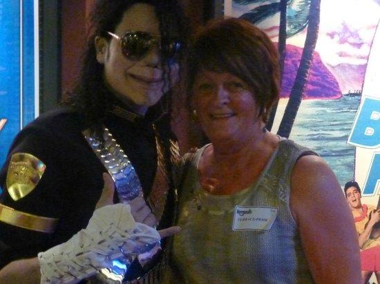 Rock-A-Hula: Michael Jackson!
