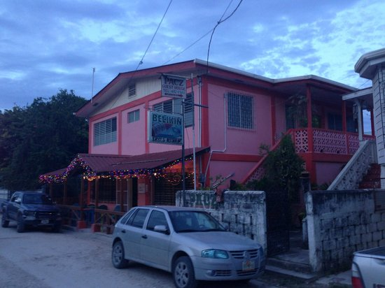 Pacz Guesthouse: From the road