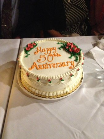 Nikolas: Clinton Bakery Cake