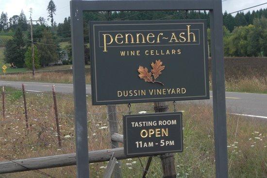 Penner-Ash Wine Cellars: Entrance to Penner Ash