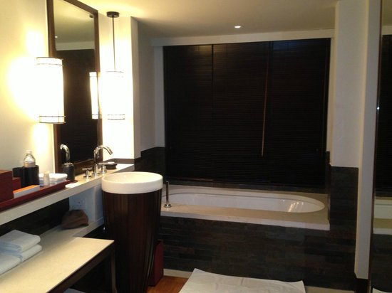 The Club Saujana Resort: bathroom