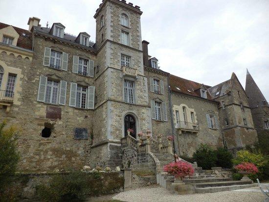 Chateau de Fere: Vista da parte de trás do Castelo
