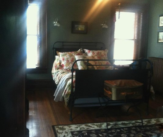 Jefferson House Bed and Breakfast : Mulkey Bedroom